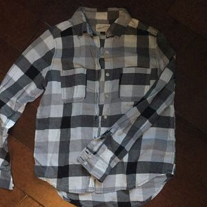Universal Thread Long Sleeve Plaid Button Down